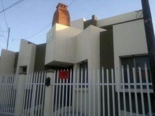 Venta De Casa Con 4 Recamaras En San Nicolás
