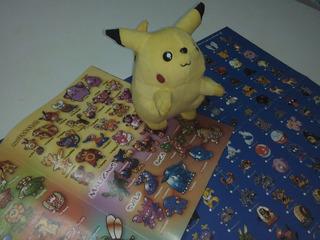 Pikachu Peluche + Revista Los 100 Pokémon