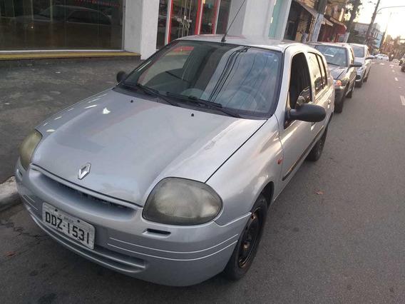 Renault Clio Sedan 1.0 16v Rn 4p 2001