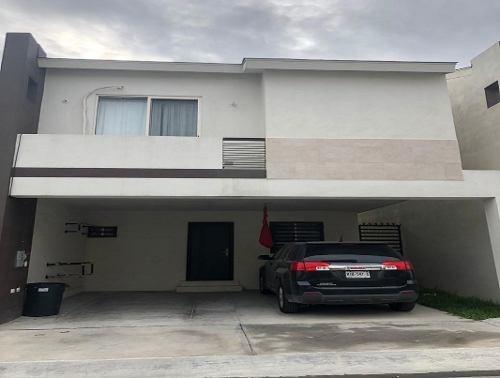 Casa En Venta, Apodaca, Nuevo León