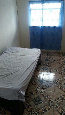 Curridabat Jose M. Zeledon ; Alquilo Mini Apartamento .