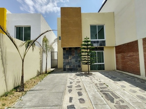 Casa En Venta Fraccionamiento Bonanza Metepec