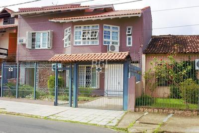 Casa Em Coronel Aparício Borges Com 3 Dormitórios - Ko12705