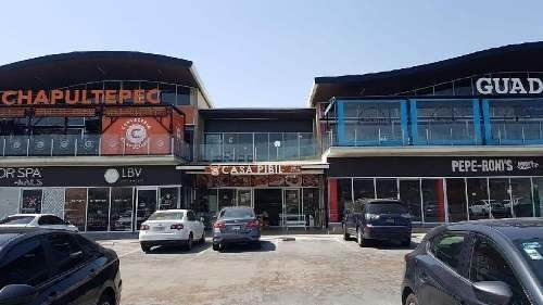 Local En Renta En Centro Comercial En Juriquilla, Querétaro