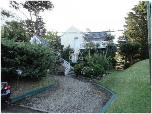 Hermosa Casa En Playa Mansa Consulte!!!!- Ref: 23918
