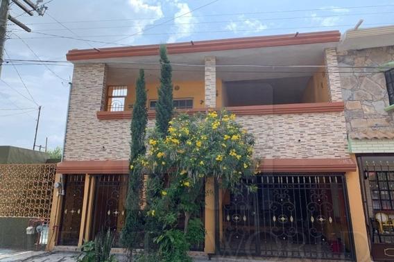 Casas En Venta En Pedregal De Santo Domingo, San Nicolás De Los Garza