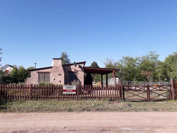 Casa En Los Reartes -barrio Gutierrez-