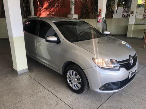 Renault Logan 2015 - Ótimo Estado