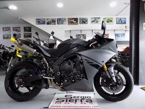 Yamaha R1 Gris 2012