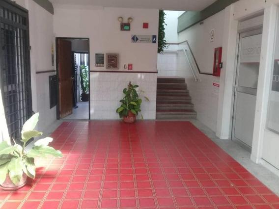 Oficina En Alquiler Zona Esterah: 19-18670