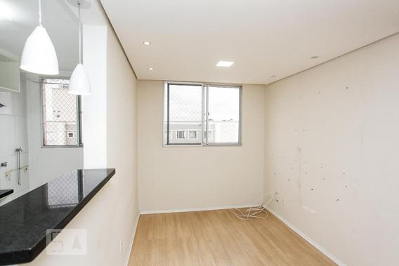 Apartamento No 8º Andar Com 2 Dormitórios E 1 Garagem - Id: 892947927 - 247927