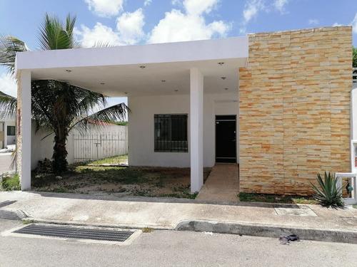 Imagen 1 de 18 de Casa En Esquina En Las Américas Ii