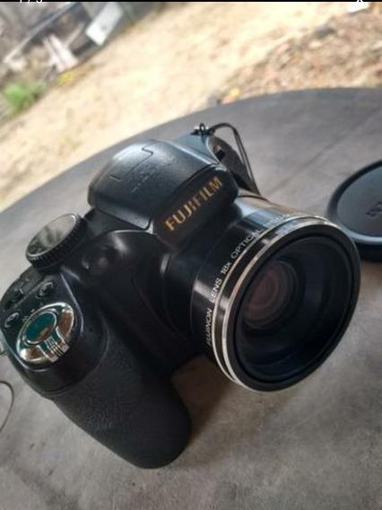Filmadora Fujifilm Finepix S2800hd