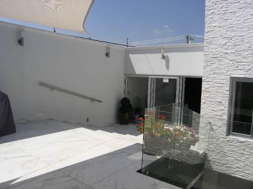 Venta Casa Sola 2 Niveles En Col. Lomas De Queretaro Qro.