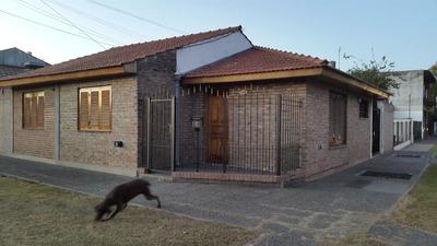 Casa De 3 Habitaciones Con Garage