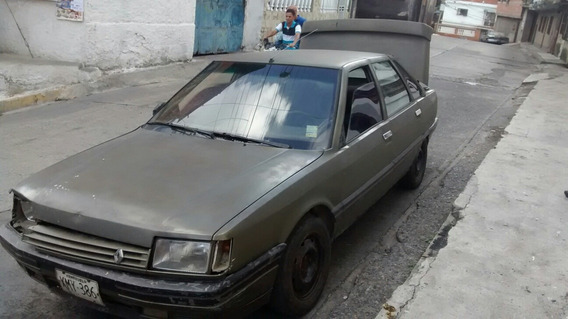 Renault R21 Sedan