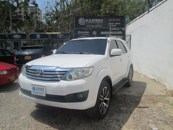 Toyota Fortuner 2.7 At 2012