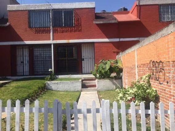Casa En Privada, Reja Eléctrica, 3 Recamaras