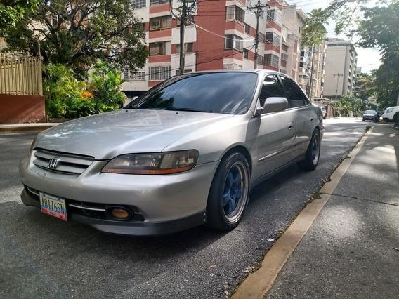 Honda Acoord 2001