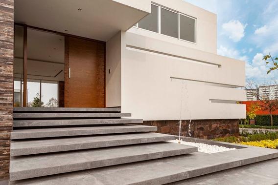 Casa En Venta- Reserva Real- Zapopan