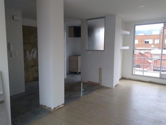 Excelente Apartamento En El Barrio Calleja ´para Venta