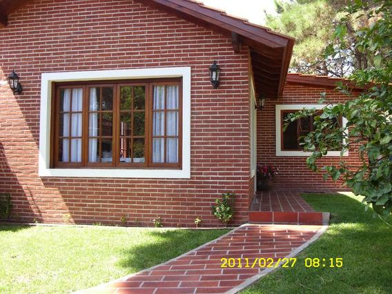 Alquilo Casa En Pinamar!!!!! Completa Para Seis Personas.