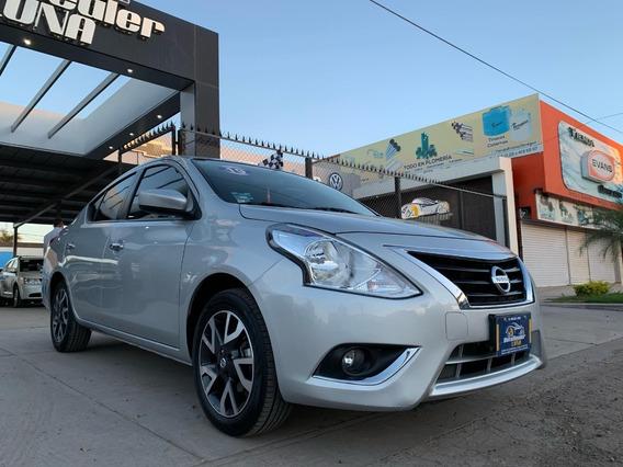 Nissan Versa Advance 2019