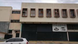 Local En Alquiler La Michelena Valencia Cod 19-11570 Ar