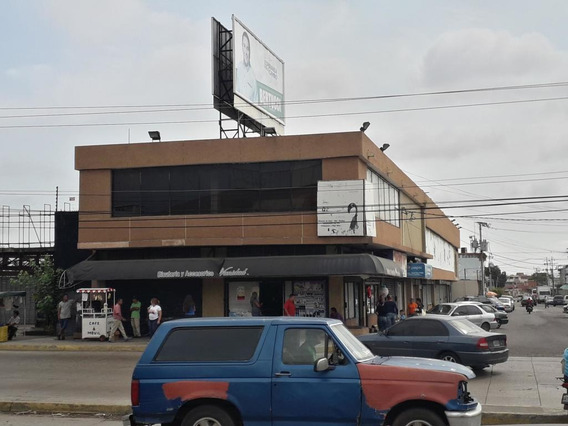 Vendo Local Comercial Estrategicamente Ubicado