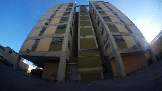Apartamentos En Venta En Centro Barquisimeto Lara 20-4686