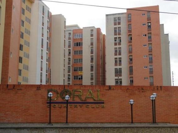 Apartamento Remate Res Doral Country, Mañongo. Código418168.