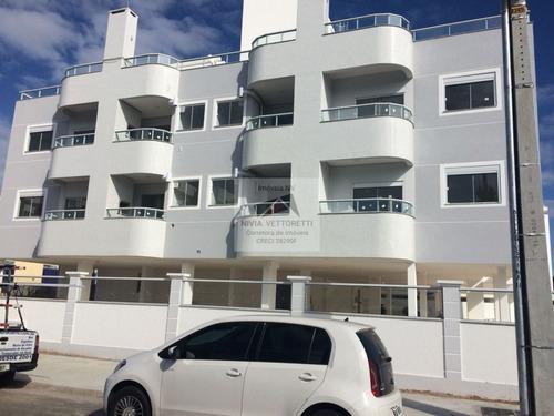 Apartamento A Venda No Bairro Ingleses Do Rio Vermelho Em - 2268-1