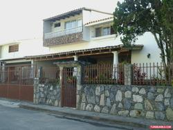 Best House Vende Casa En Cooperativa Guaicaipuro