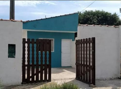 (ref:2984) Casas - Itanhaém/sp - Gaivota