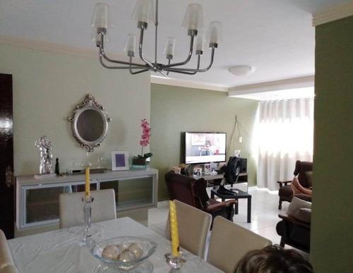 Apartamento Para Venda - 008108