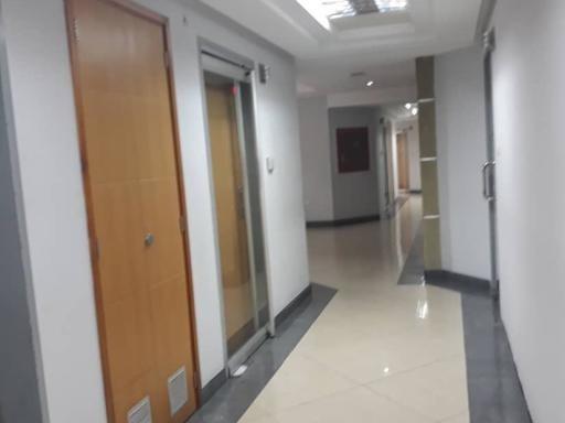 Oficina Comercial En Alquiler Zona Este Barquisimeto 20-21830 Jrh