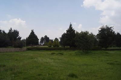 Hermoso Terreno Plano Y Regular Colindante Con Campo De Golf