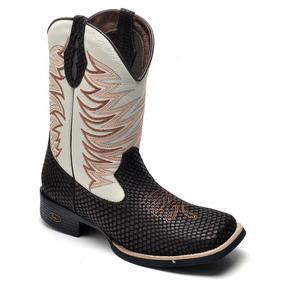 1be564fb45 Texana Masculina Bico Quadrado - Botas para Masculino Cinza claro no ...