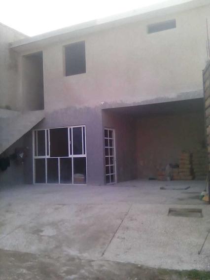 Remato 2 Casas $950,000 Av. De La Luz Y B. Quintana,