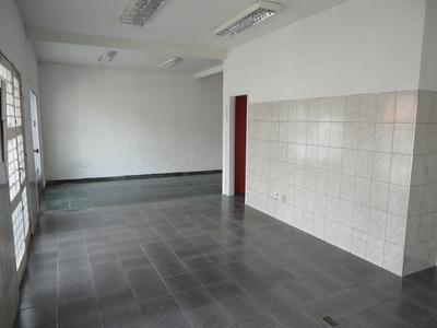 Casa P/ Comércio.bom Fluxo De Pessoas E Autos Ca1017