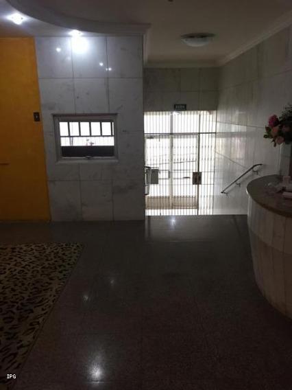 Apartamento Para Venda Em Ponta Grossa, Centro, 3 Dormitórios, 2 Banheiros, 1 Vaga - Apt002