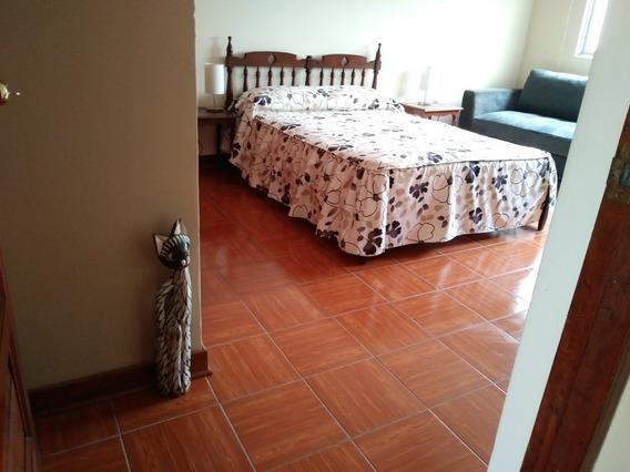 Habitación, Sala Y Cocina Comedor En Surco