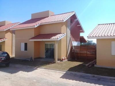 Casas Condomínio Fechado - Clube Camping