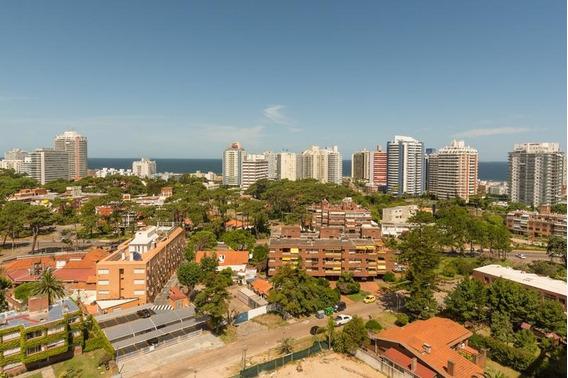 Venta Apartamento 2 Dormitorios Parrillero Propio Mansa Punta Del Este