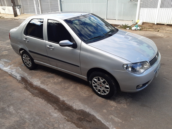 Fiat Siena 1.8 Hlx Flex 4p 2007