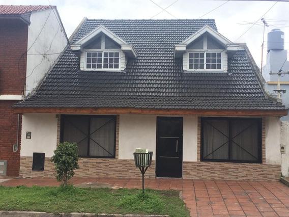 Casa Chalet Ph 3 Deptos Financio Florencio Varela Centro