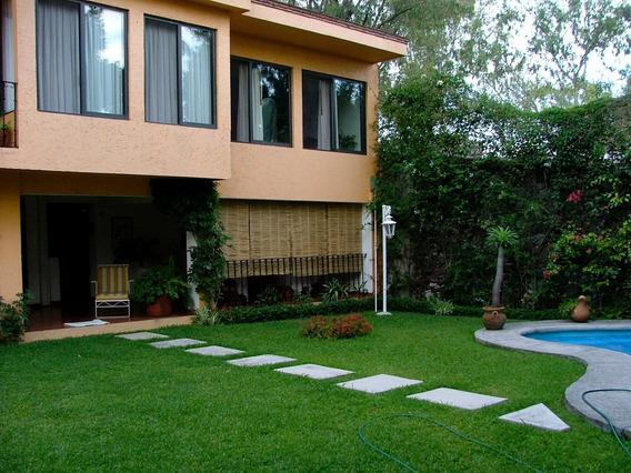 Hermosa Casa A Dos Cuadras De Lomas De Cuernavaca