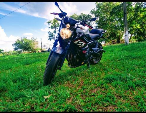 Yamaha Xj6n