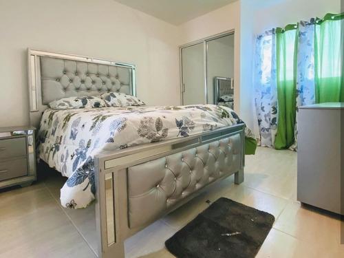 Apartamentos Amueblados Con Piscina Santiago