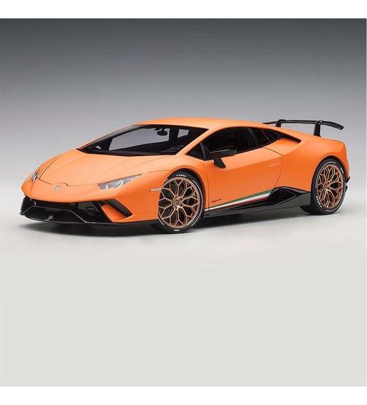 Miniatura Lamborghini Huracan Performante 1/18 Autoart
